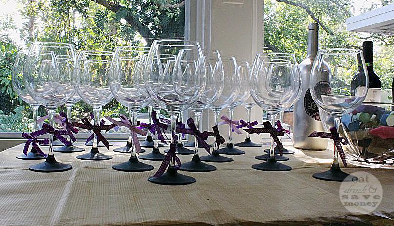 chalkboard painted wine glasses