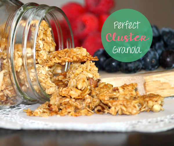 Perfect cluster granola is an easy back to school breakfast choice!