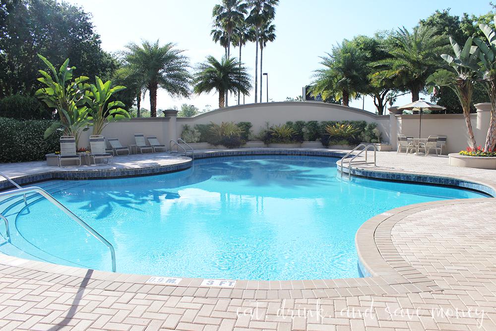 Buena Vista Suites review pool area