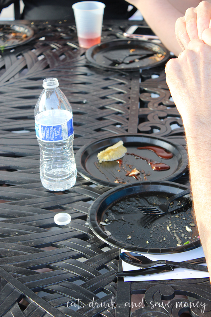 plates are clean for the bbq taste test party