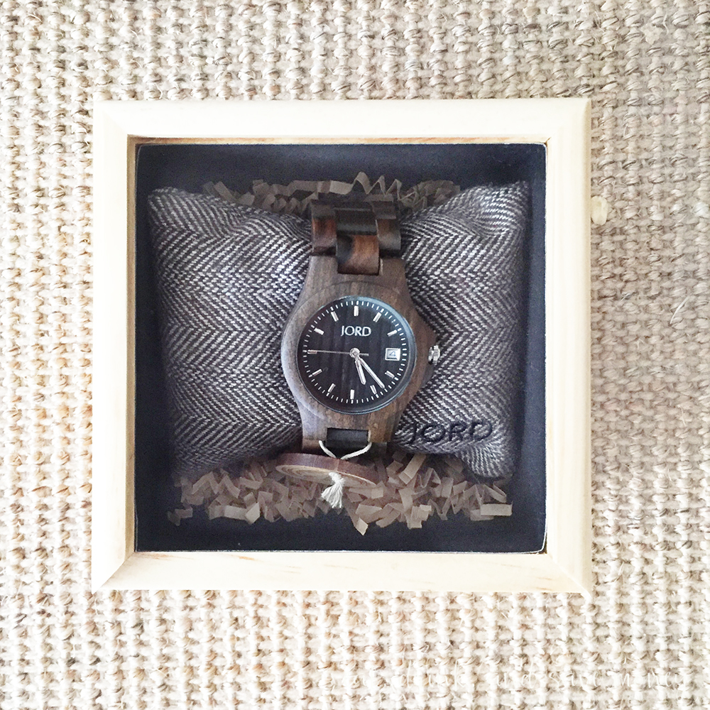 Jord watch giveaway in box