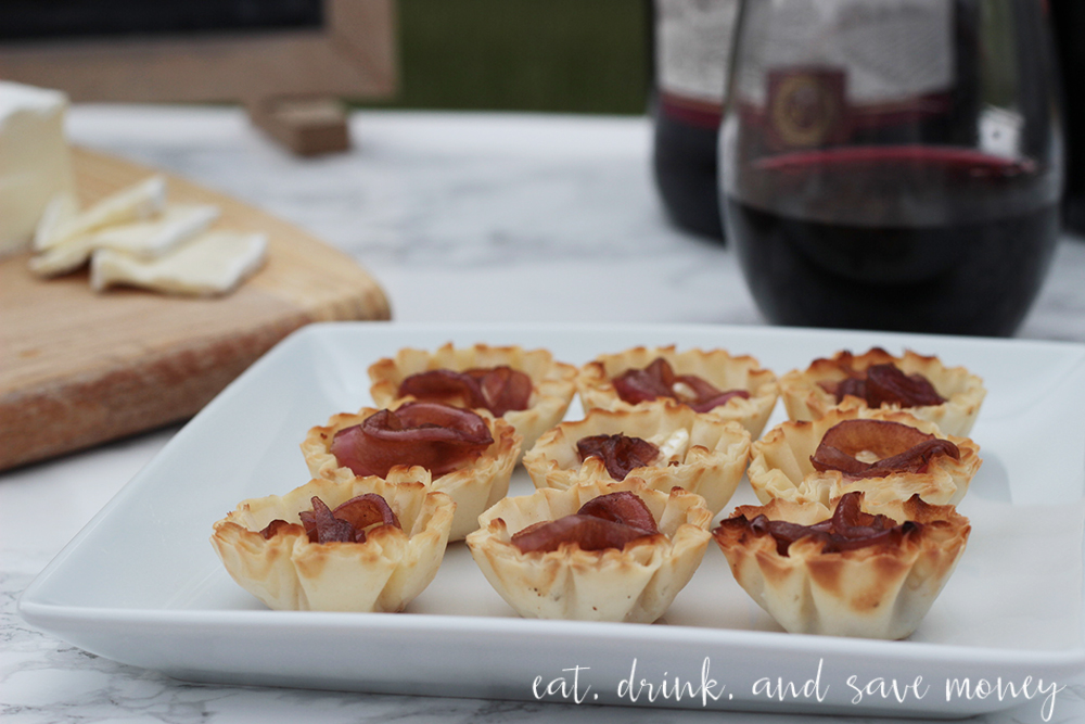 Easy to make brie and caramelized onion tartlets in phyllo shells