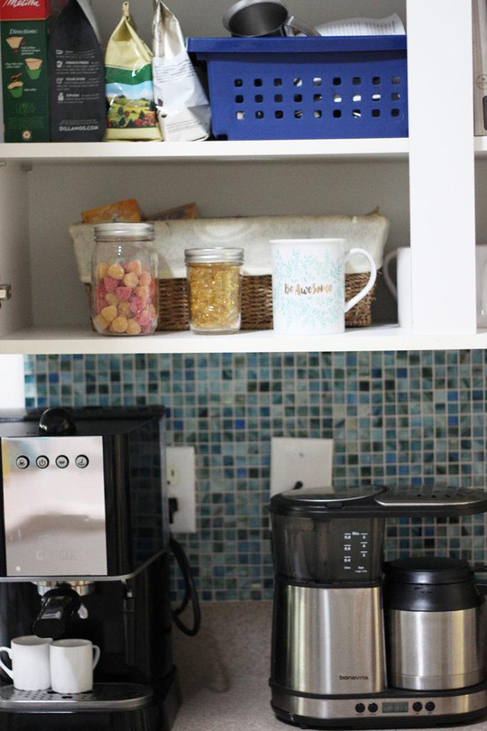 organizing-my-vitamins-in-mason-jars