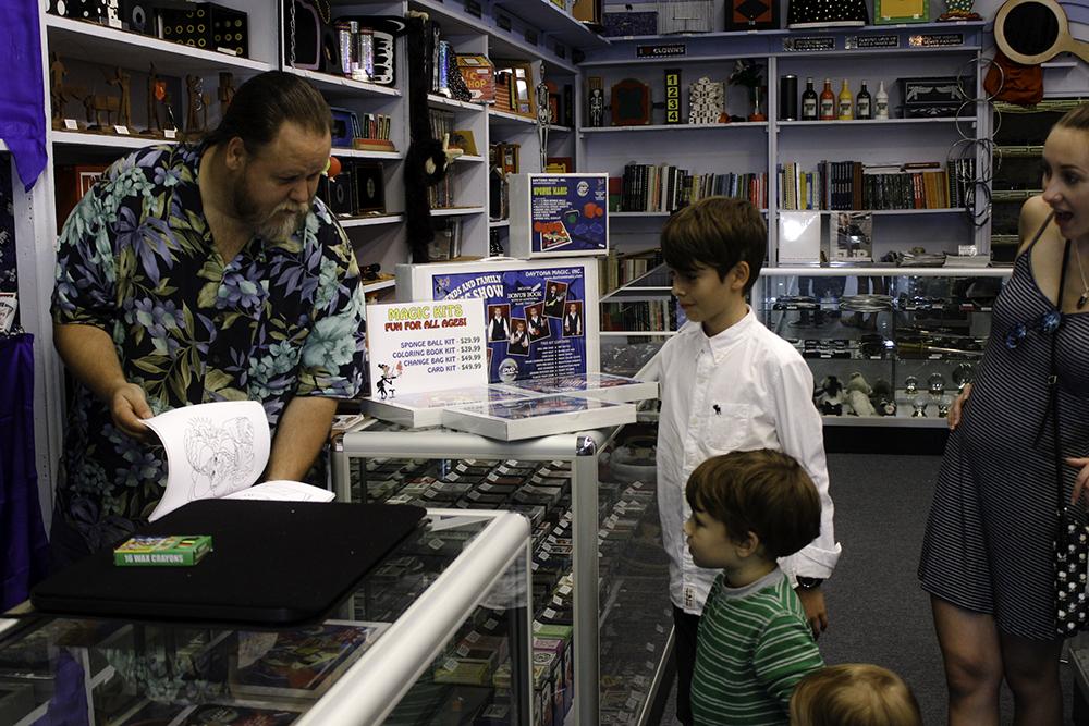 Demo at the magic shop in Daytona Beach