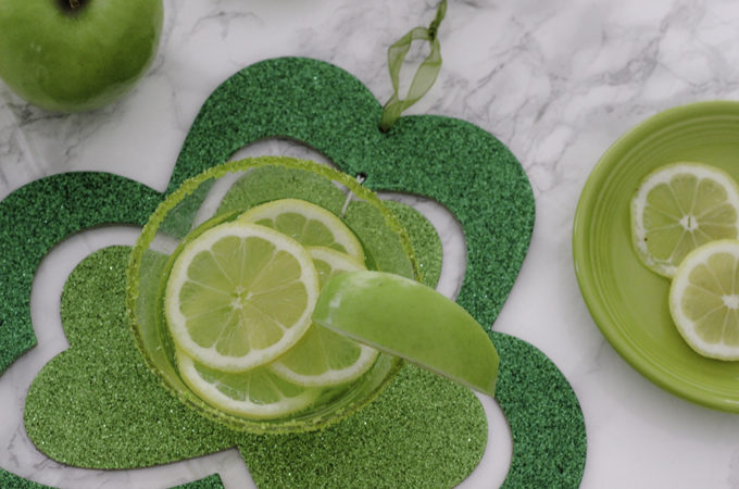 Get Lucky with the Lucky 7UP Sour Apple Mocktail