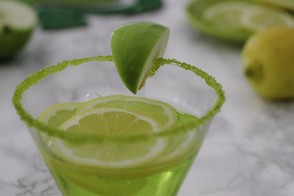 Get festive for St. Patrick's Day with the lucky 7UP Sour Apple Mocktail recipe