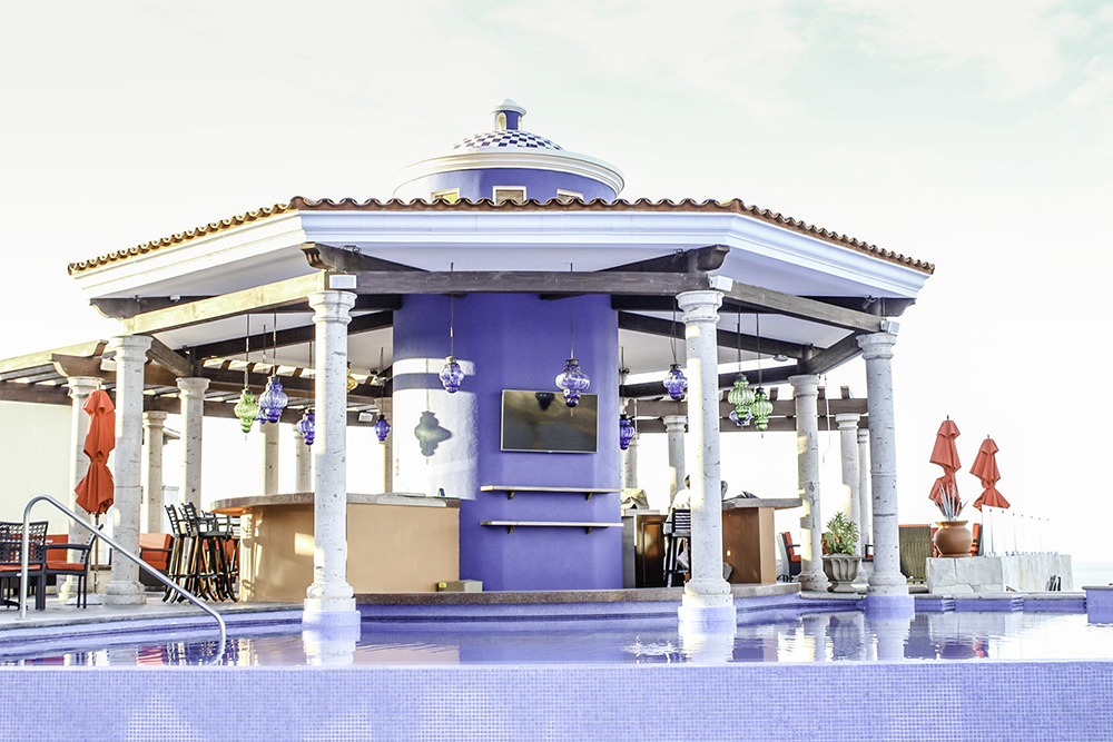 Pool bar at the Hacienda Encantada