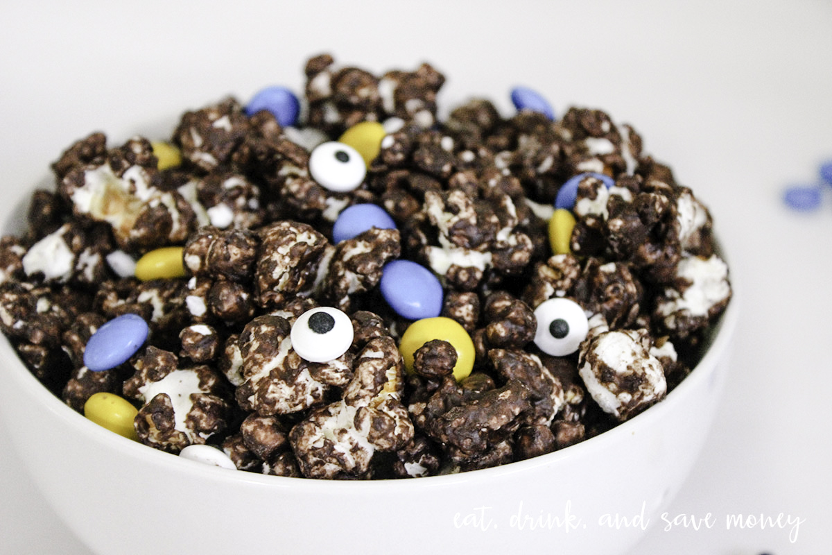 Make Minions munch for Minions movie night it's so easy and fun minions food