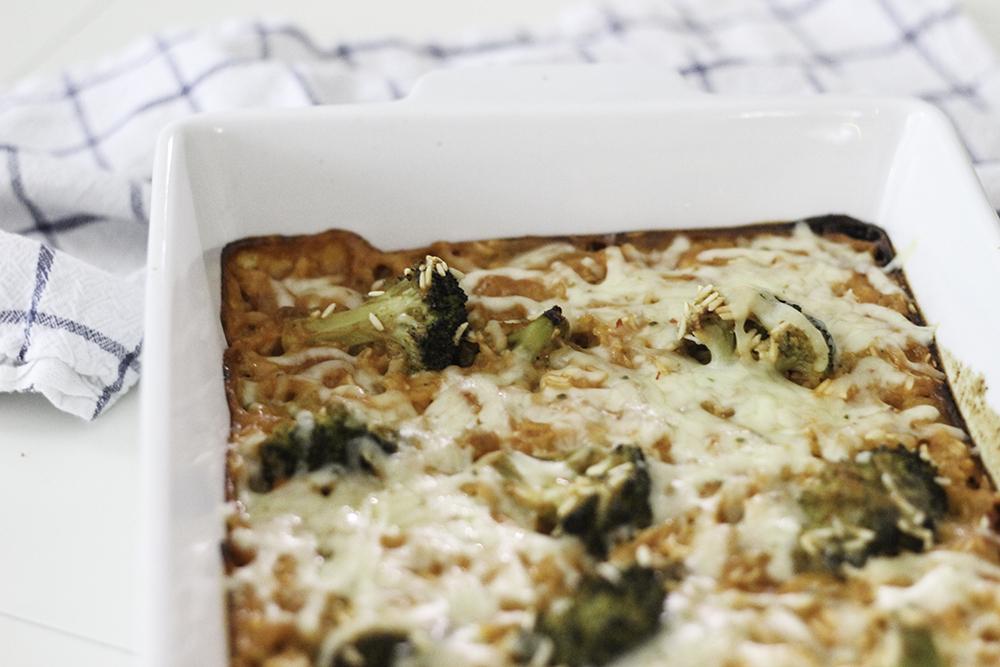 Easy Dinner Recipe- Cheesy Chicken and Brocolli Casserole