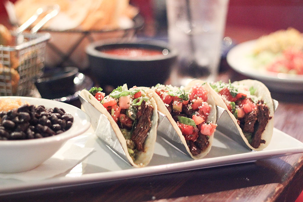 steak tacos at Cabo Flats