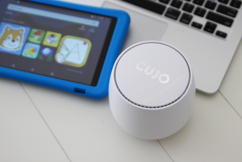 Firewall CUJO that protects kids online safety