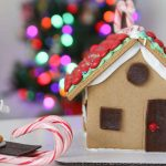 Simple Tips for Decorating a Gingerbread House with Kids