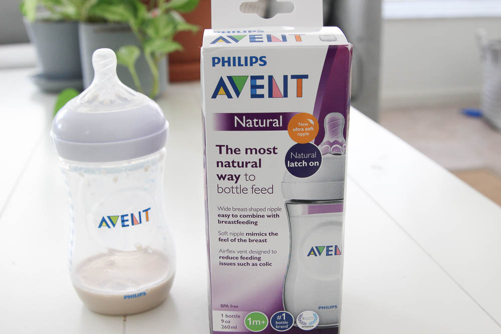 Philips Avent Bottle is great for bottle feeding a breastfed baby