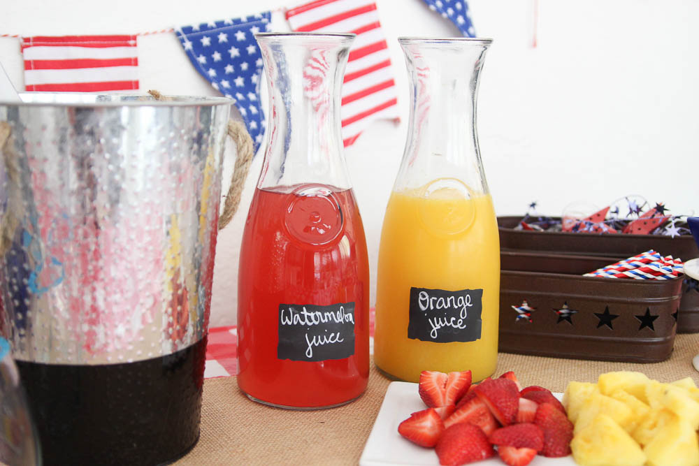 Fourth of July Mimosa bar DIY Mimosa bar for Independence Day party. Fourth of July Ideas