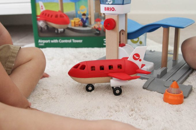 BRIO airport control tower toy review