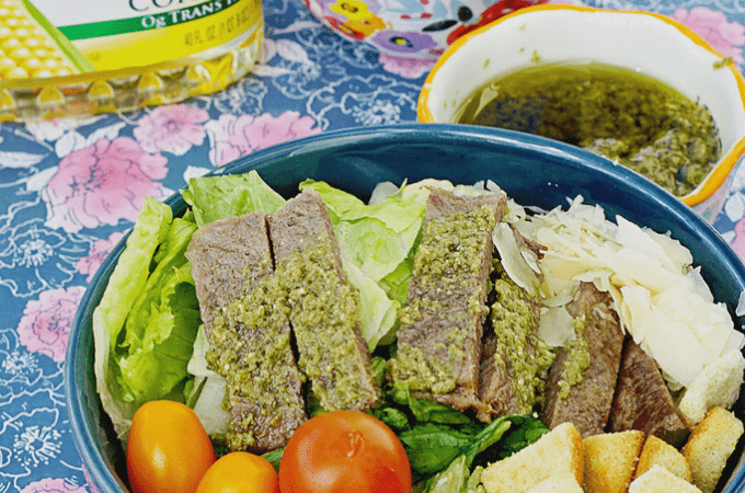 Simple Steak Salad With Chimichurri Sauce